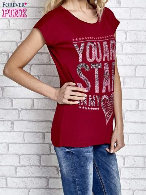 Czerwony t-shirt z napisem YOU ARE STAR IN MY HEART z dżetami                                  zdj.                                  3