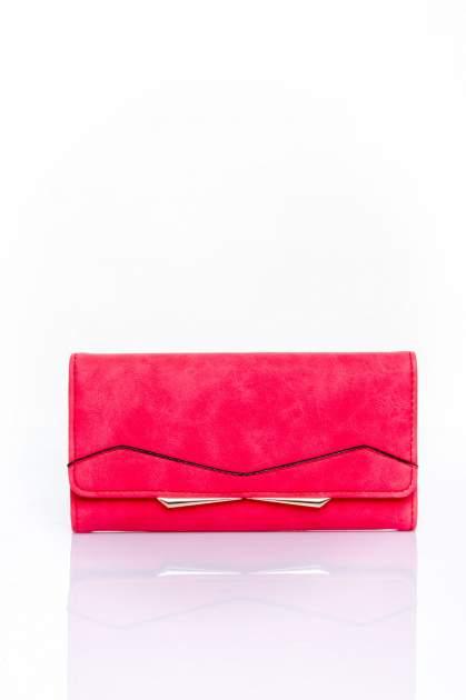 Czerwony zamszowy portfel z geometrycznym motywem                                  zdj.                                  1