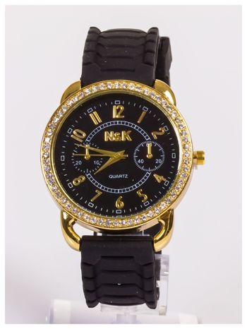 Damski zegarek z cyrkoniami oraz ozdobnym chronografem na dużej tarczy. Wygodny silikonowy pasek.                                  zdj.                                  3