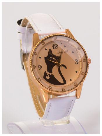 Damski zegarek z cyrkoniami z motywem kotka na tarczy, na lakierowanym białym pasku                                  zdj.                                  3