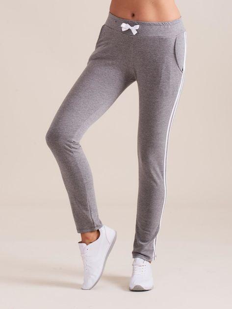 Damskie spodnie dresowe z lampasem szare                               zdj.                              2