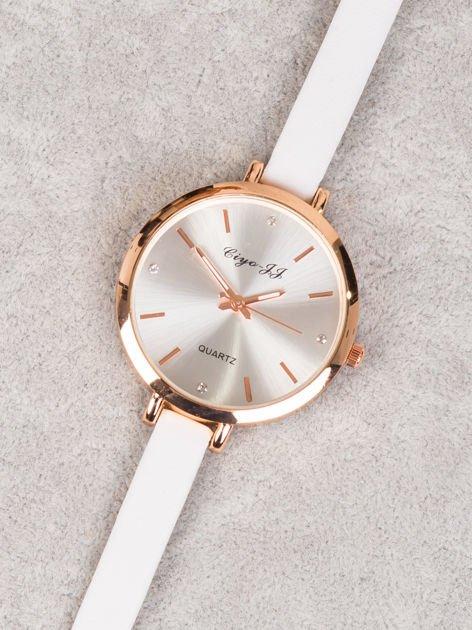 Delikatny zegarek damski w odcieniu czerwonego złota z cekinami na tarczy