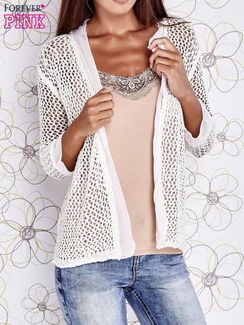Ecru ażurowy sweter z tiulowym wykończeniem rękawów                                  zdj.                                  1