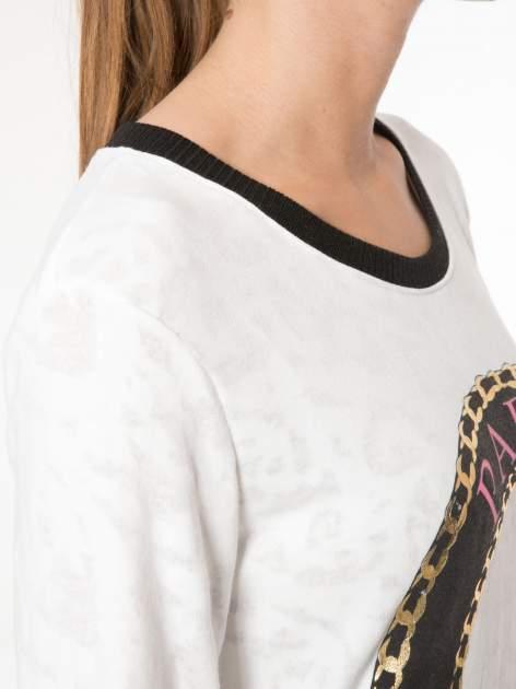 Ecru bluza z nadrukiem wieży Eiffla                                  zdj.                                  5