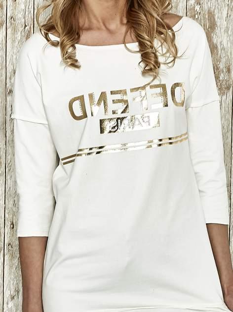 Ecru bluza ze złotym napisem i suwakiem                                  zdj.                                  4