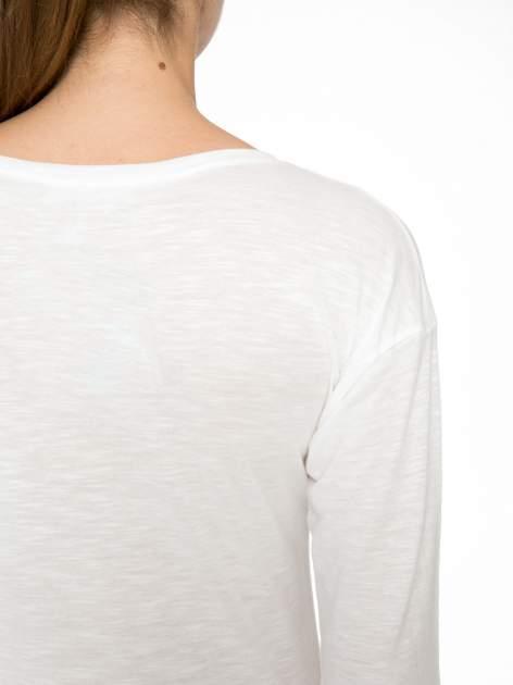 Ecru bluzka z fotografią stokrotek                                  zdj.                                  8