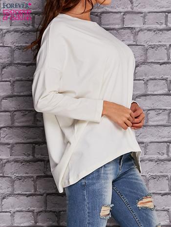 Ecru bluzka z rękawem nietoperz                                  zdj.                                  3