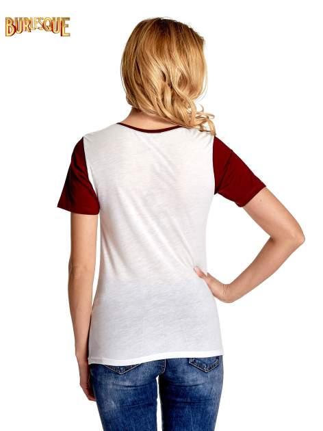Ecru-bordowy t-shirt z nadrukiem FASHION 88                                  zdj.                                  4
