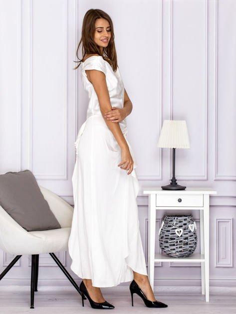 Ecru długa sukienka z drapowaniami                              zdj.                              3
