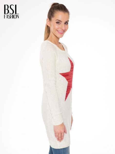 Ecru długi sweter z nadrukiem gwiazdy                                  zdj.                                  3