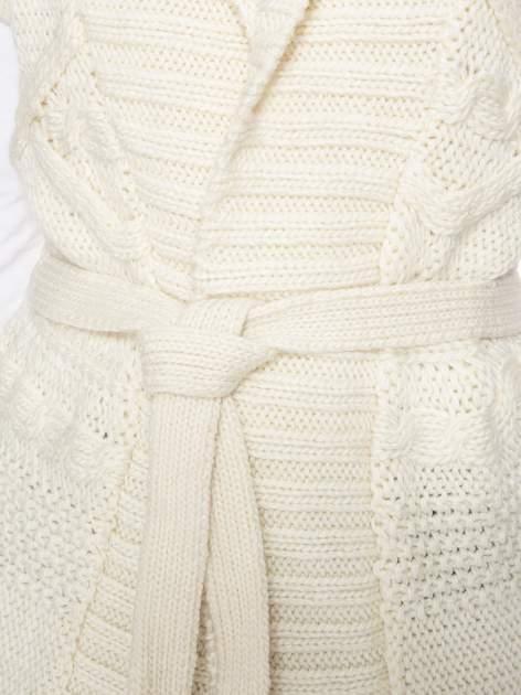 Ecru dziergany długi sweter kardigan z frędzlami na dole                                  zdj.                                  7