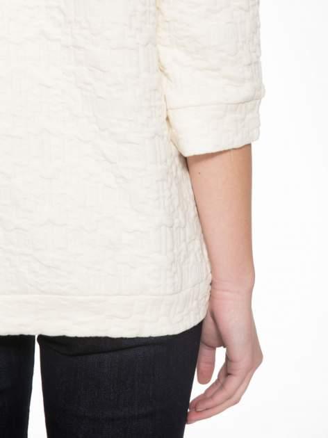 Ecru fakturowana bluza z rękawem 3/4                                  zdj.                                  6