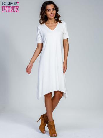 Ecru luźna sukienka z asymetrycznym dołem                                  zdj.                                  4