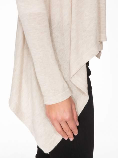 Ecru otwarty sweter z kaskadowymi bokami                                  zdj.                                  7