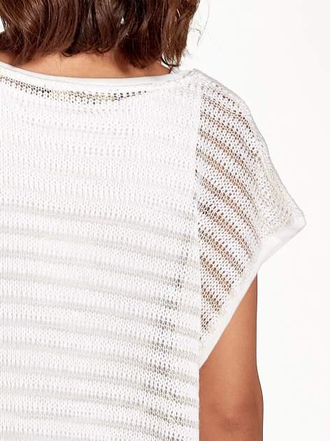 Ecru siatkowy sweterek z metaliczną nicią                                  zdj.                                  6