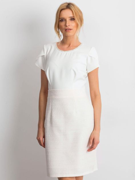 Ecru sukienka Breathtaking