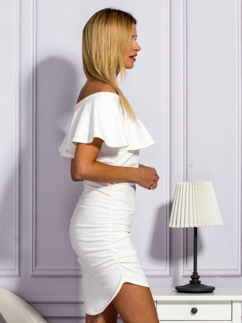 Ecru sukienka hiszpanka z marszczeniami                                  zdj.                                  5