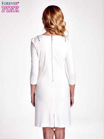 Ecru sukienka ze złotymi suwakami                                  zdj.                                  4