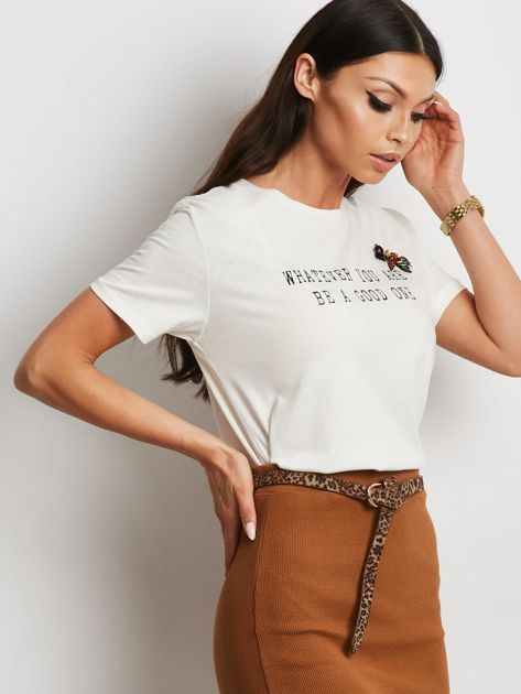 Ecru t-shirt z nadrukiem i aplikacją                              zdj.                              1