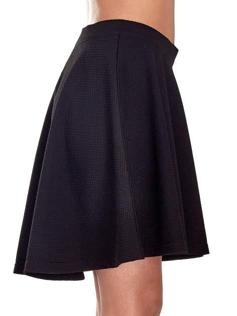 Fakturowana czarna spódnica z plisami i lekko wydłużonym tyłem                                  zdj.                                  6