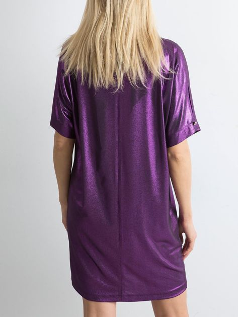 Fioletowa błyszcząca sukienka oversize                              zdj.                              2
