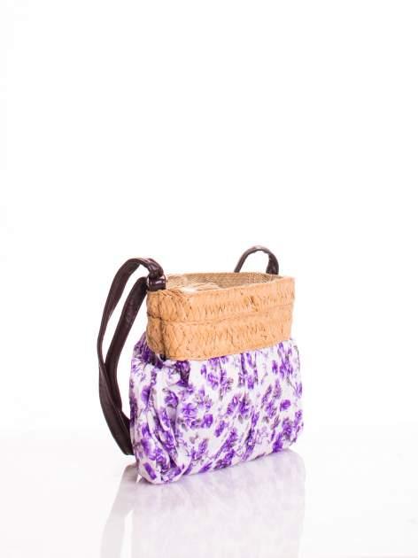 Fioletowa listonoszka w kwiaty ze słomkową górą                                  zdj.                                  2