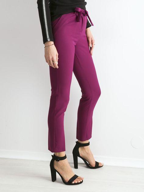 Fioletowe spodnie z wiązaniem                               zdj.                              3