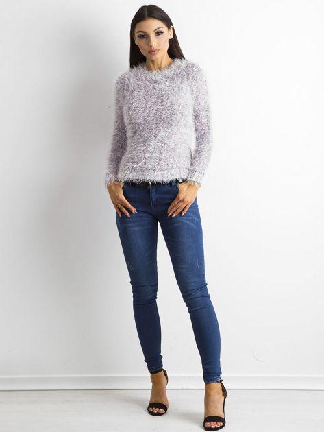 Fioletowy sweter z długim włosem i cekinami                              zdj.                              4