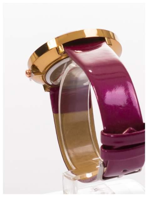 Fioletowy zegarek damski z cyrkoniami na skórzanym, lakierowanym pasku                                  zdj.                                  4