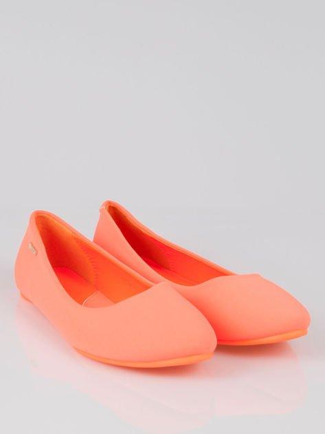Fluopomarańczowe lekkie baleriny