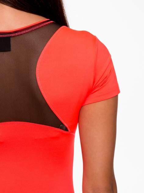 Fluoróżowy termoaktywny t-shirt sportowy z siateczką przy dekolcie i z tyłu ♦ Performance RUN                                  zdj.                                  8