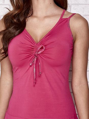 Fuksjowa sukienka sportowa z wiązaniem przy dekolcie                                  zdj.                                  5