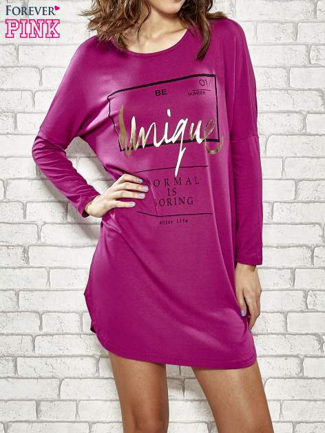 Fuksjowa sukienka ze złotym napisem UNIQUE                                  zdj.                                  1
