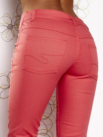 Fuksjowe dopasowane spodnie 7/8                                  zdj.                                  6