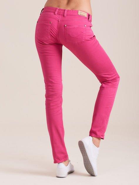Fuksjowe spodnie o kroju regular                              zdj.                              3