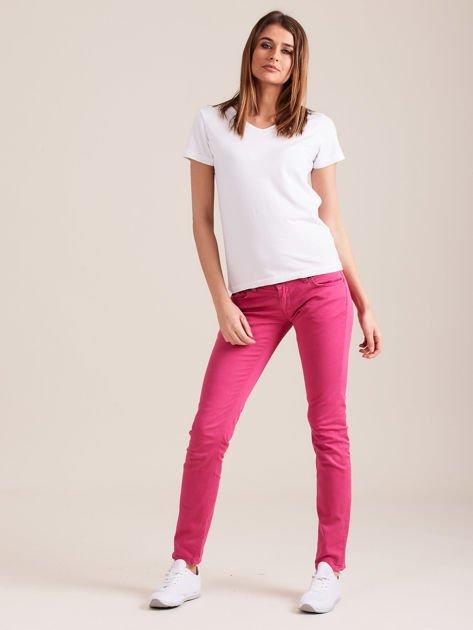 Fuksjowe spodnie o kroju regular                              zdj.                              4