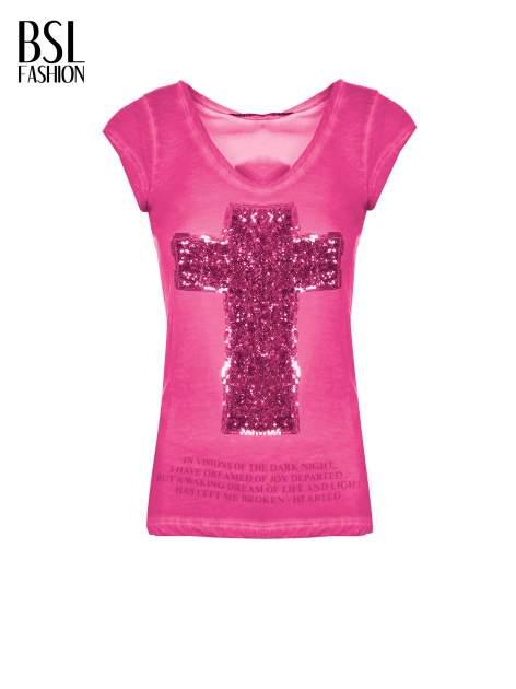 Fuksjowy t-shirt z cekinowym krzyżem                                  zdj.                                  2