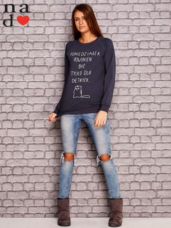 Grafitowa bluza z napisem PONIEDZIAŁEK POWINIEN BYĆ TYLKO DLA CHĘTNYCH                                  zdj.                                  2