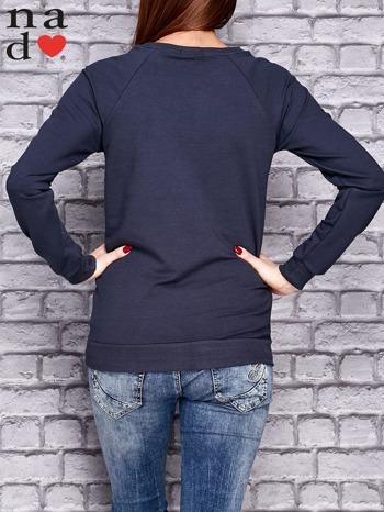 Grafitowa bluza z naszywkami                                  zdj.                                  4