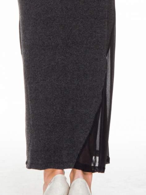 Grafitowa maxi sukienka z asymetryczną wstawką na dole z tiulu                                  zdj.                                  7