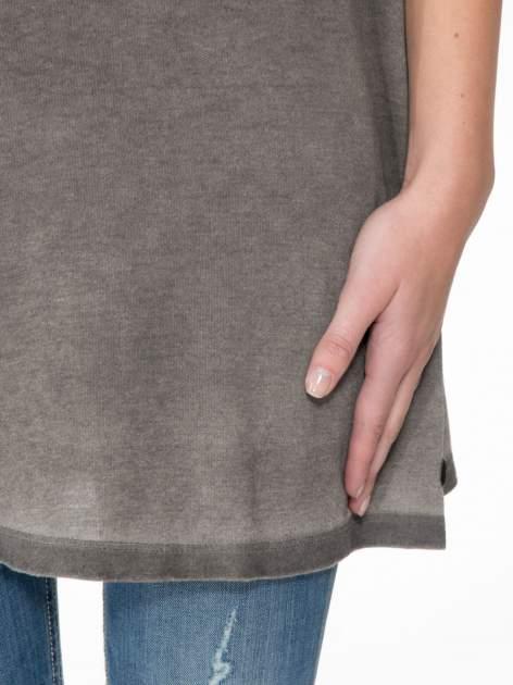 Grafitowa sukienka typu t-shirt bluzka z efektem dekatyzowania                                  zdj.                                  6