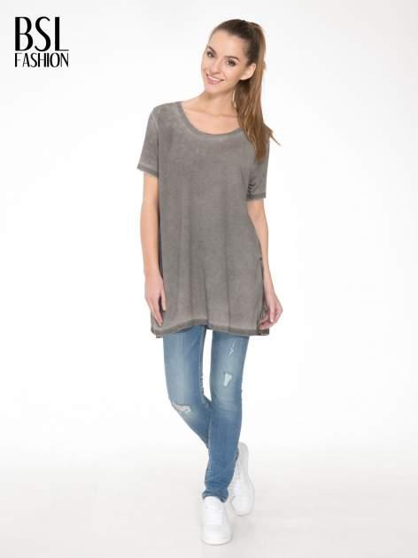 Grafitowa sukienka typu t-shirt bluzka z efektem dekatyzowania                                  zdj.                                  2
