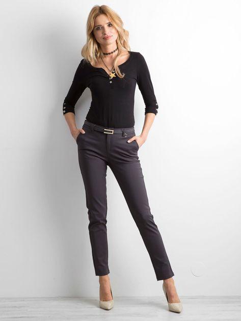 Grafitowe eleganckie spodnie z paskiem                              zdj.                              4