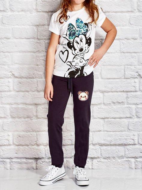 Grafitowe spodnie dresowe dla dziewczynki z pandą                                  zdj.                                  4