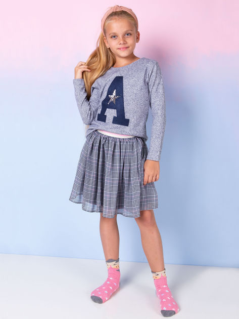 Granatowa bluza dla dziewczynki z literą                              zdj.                              2