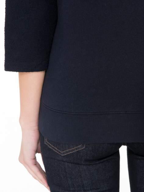 Granatowa bluza oversize z łączonych materiałów                                  zdj.                                  8