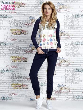 Granatowa bluza z kapturem i napisem HONOUR                                  zdj.                                  2