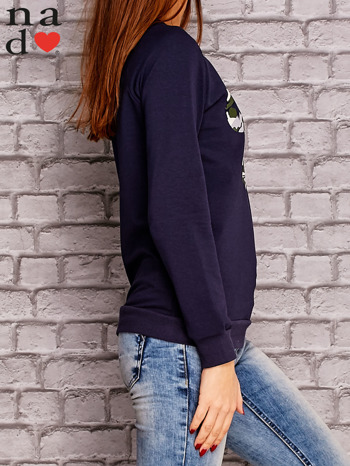 Granatowa bluza z nadrukiem moro                                  zdj.                                  3