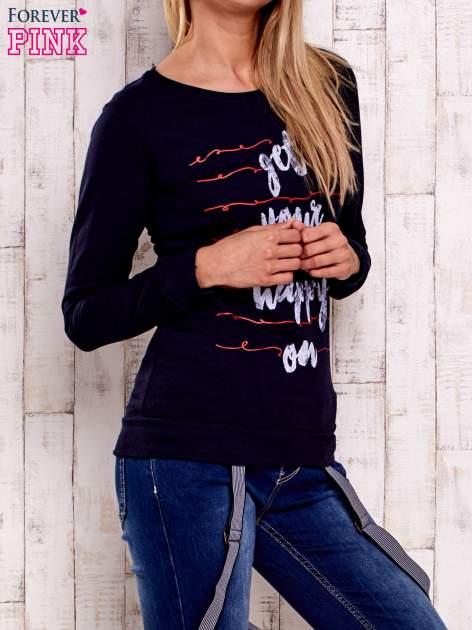 Granatowa bluza z napisem GET YOUR HAPPY ON                                  zdj.                                  3