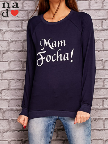 Granatowa bluza z napisem MAM FOCHA                                  zdj.                                  1